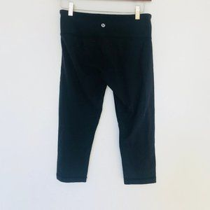 Lululemon Black Wunder Under Cropped Legging 6
